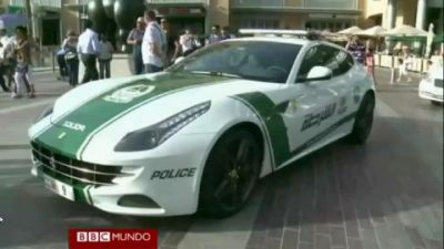 Dubai compra Ferraris para patrullas. VIDEO