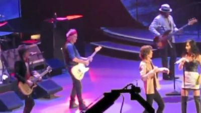 Kate Perry se cachondea a Mick Jagger. VIDEO