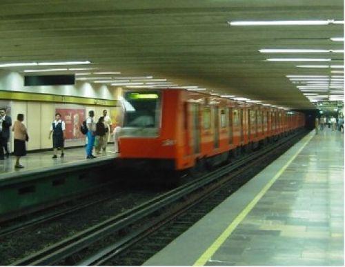 Cierran cuatro estaciones de la l nea 3 del metro for Vivero 4 estaciones